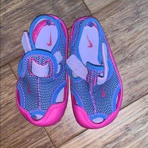 Nike swim shoes for toddlers